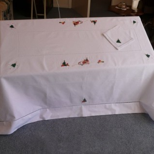 Embroidered Tablecloth 10