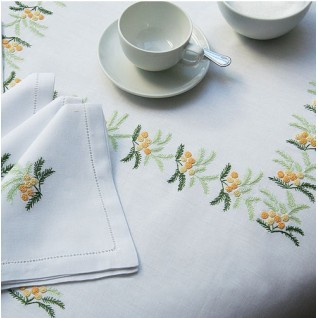 embroidered tablecloth 04