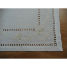 Embroidered napkins007